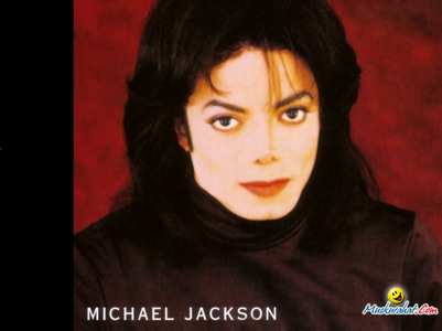 Yes They do Look Alike!!!!!! OMG Just like what the pic 说 like father like son!! LOOK AT BLANETS EYES AND LOOK A MICHAELS IN THIS PIC 或者 THAT PIC. MICHAEL CAN ALWAYZS 搜索 4 BLAKET AND HE WILL FIND HIM BECAUSE THEY HAVE THE SAME EYES! :)