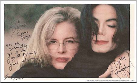 no no no...they didn't romance...in one of the photos it's written 'from your brother michael' they were really good friends...: )
