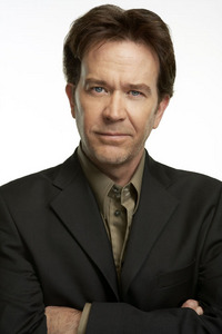 Timothy Hutton Actor TV Show:Leverage,serious moonlight,ordinary people