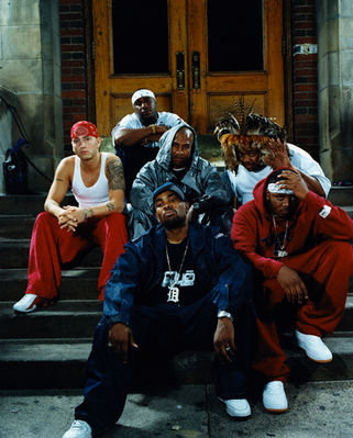 Do toi like D12??