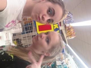 ♥ Hi! Do u think I am pretty and my friend? Me Chelsea (right) my friend Brittanie (left)