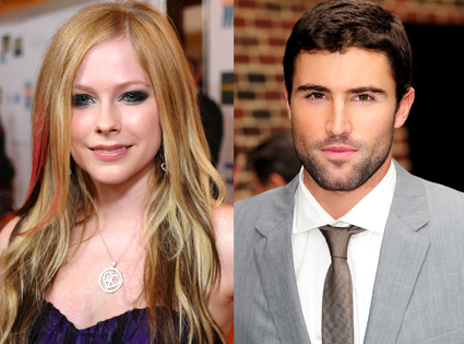 Avril lavigne who is she hookup now