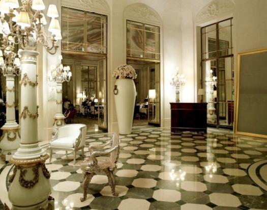 (French Interior Designs)