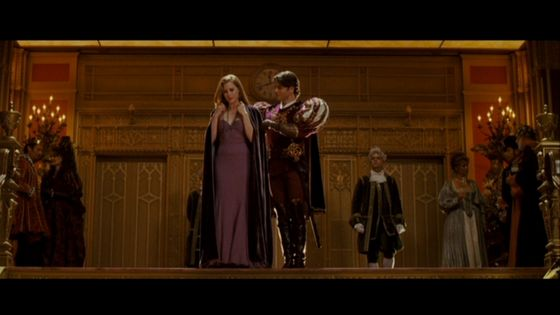 Ballroom dress: Loved this one as it showed us that Giselle is developing into a real woman.It was also worn for the fight scene in Enchanted