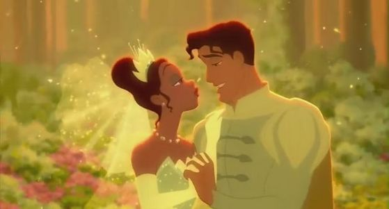 Tiana is in amor with Prince Naveen.