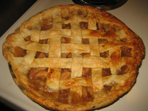 The yummiest from Snow White is... manzana, apple pie