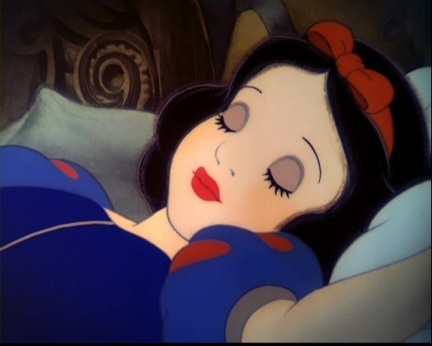 8.Snow White she's considered slightly più heroic than Aurora probably because she has più personality than Aurora but she didn't do anything heroic just waited for her prince to come