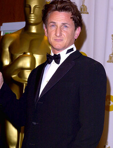 Sean Penn is a dead ringer of Patrick Dempsey