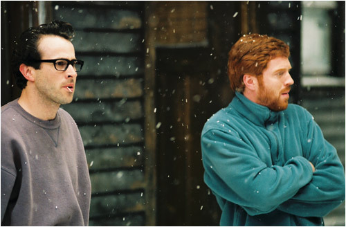 Beav (Jason Lee) and Jonesy (Damian Lewis) find out about the quarantine