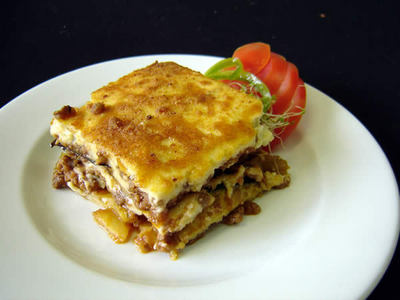 Hannah you`ve tried the ultimate traditional greek food, Mousaka? It`s ginto when people who are