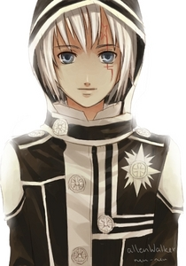 O: *tries to revive* Allen Walker is еще cute then sexy in the pic but eh. <3