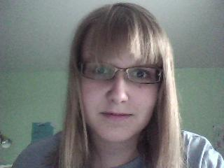 um... disregard the expression, please :D and it actually looks worse irl, first time that's happene