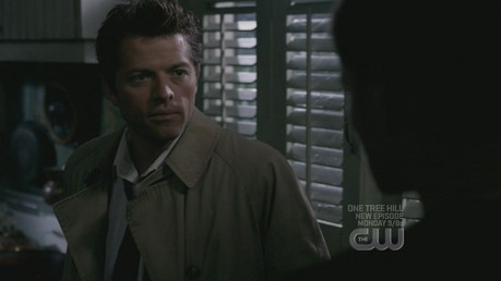 Cas asking for Deans amulet/necklace