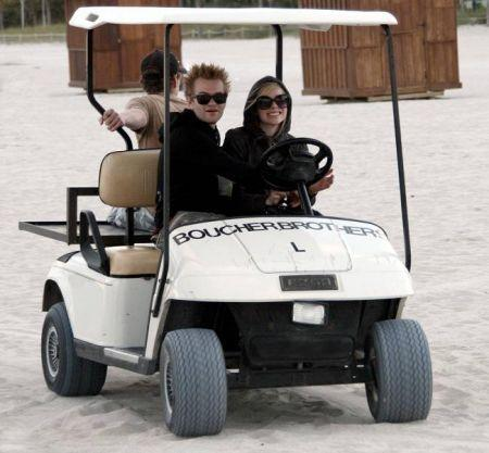 mm.. this is the only one i have and i can't find it. i think she was driving that 'car'. i want a p