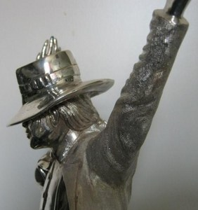 There is a stunning solid silver statue of Michael Jackson par artist Billa Dhand at www.billdhand.com