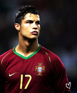 [u]Cristiano Ronaldo's Fanmail Address[/u]: Cristiano Ronaldo Real Madrid Avenida de Concha Es