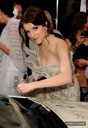 01.17.10: Golden Globe Awards - Arrivals