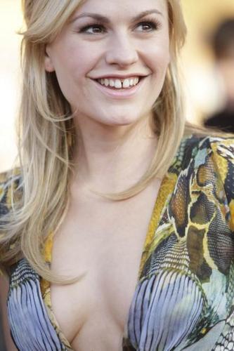 Anna At The 2010 SAG Awards