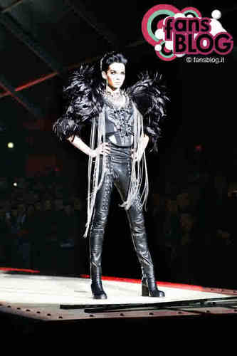 Bill Kaulitz DSquared Fashion প্রদর্শনী Jan. 18, 2010 <33