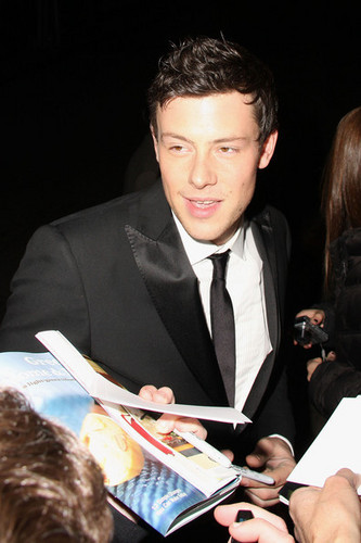 Cory Monteith outside महल, शताब्दी, chateau Marmont after the SAG awards