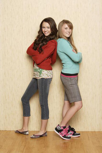 Emily Osment  amp  Miley Cyrus - miley-and-lily PhotoEmily Osment And Miley Cyrus