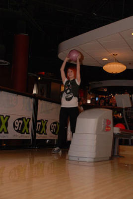 Hayley at Splitsville