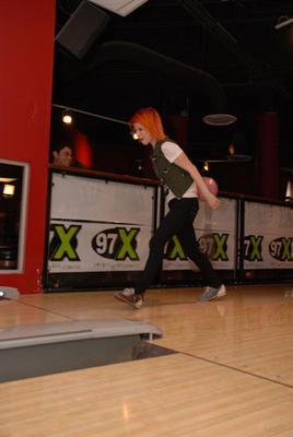 Hayley at Splitsville