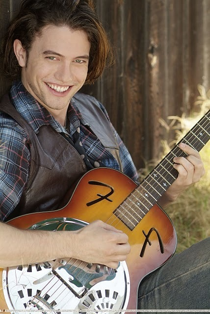 http://images2.fanpop.com/image/photos/10000000/Jackson-Rathbone-Photoshoot-twilight-series-10097950-428-640.jpg