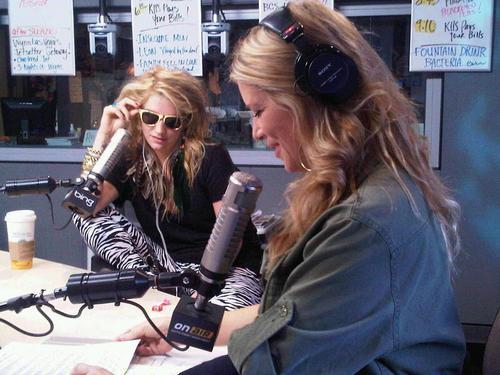 KIIS FM 102.7 With Ryan Seacrest - January 7th