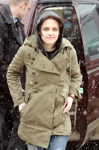 Kristen Braves the snow at Sundance