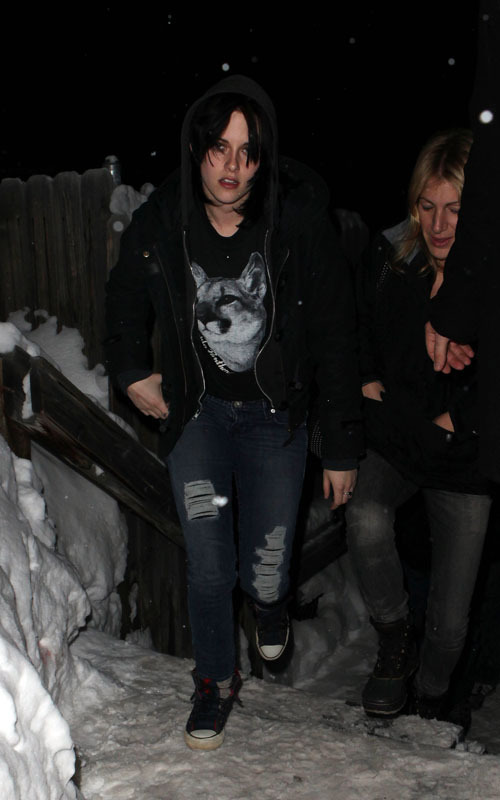 Kristen arriving at Joan Jett konzert