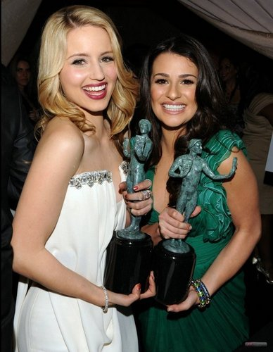 Lea and Dianna @ the SAG awards 2010