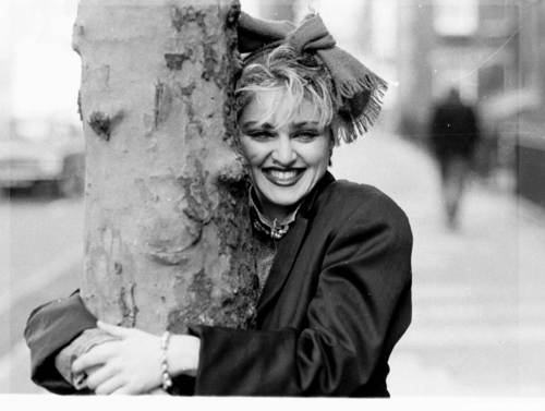 Madonna photographed door Joe Bangay in London (1983)