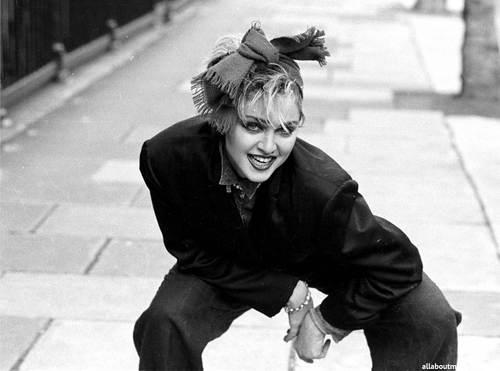 Madonna photographed par Joe Bangay in Londres (1983)
