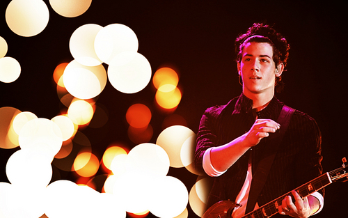 Nick Jonas karatasi la kupamba ukuta
