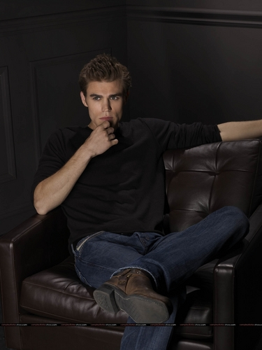 The Vampire Diaries wallpaper entitled Paul Wesley - Promo Photoshoot