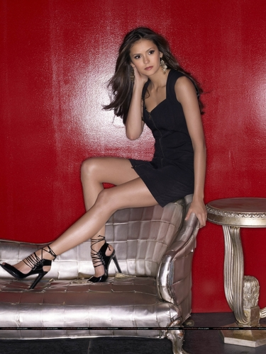 Nina Dobrev fond d'écran entitled Promo photoshoot