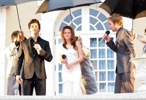 Rob, Kristen & Taylor (random pics)