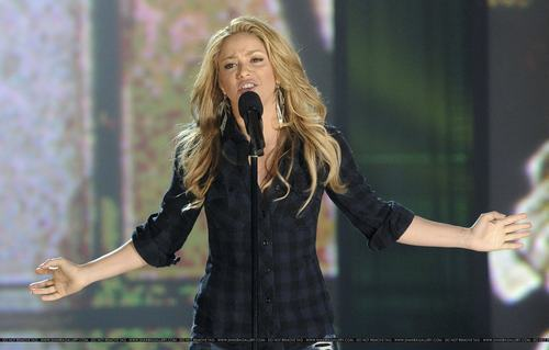 "Shakira at ""Hope for Haiti Now"" - January 22"