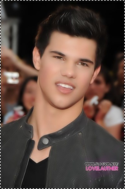http://images2.fanpop.com/image/photos/10000000/Taylor-made-Jacob-Live-taylor-lautner-10069062-402-604.jpg