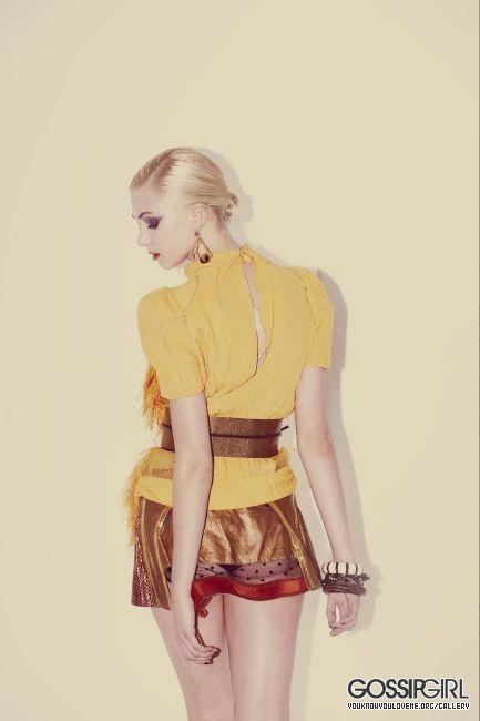 Taylor.  - taylor-momsen photo