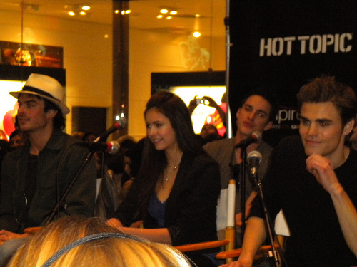 The Vampire Diaries Cast Tour