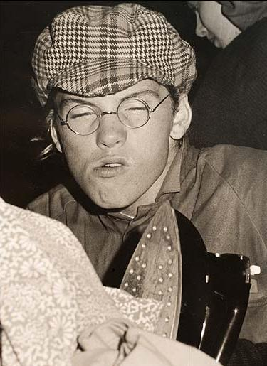 Young Sam Worthington
