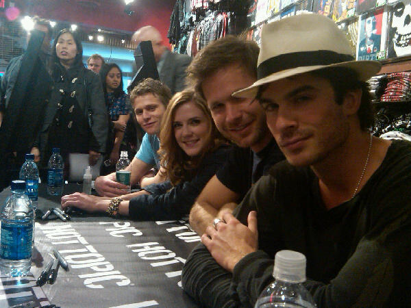 http://images2.fanpop.com/image/photos/10000000/hot-topic-meet-the-vampire-diaries-10051840-600-450.jpg