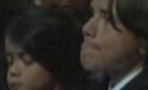 prince is crying at the memorial! sad -  prince-michael-jackson photo