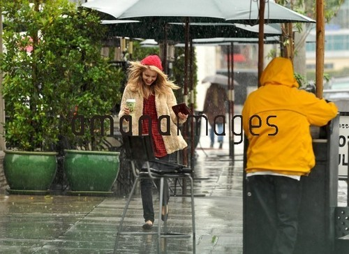 Dianna Agron Caught In The Rain in Los Angeles