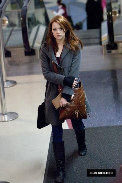 Emma @ LAX Airport - January 23, 2010