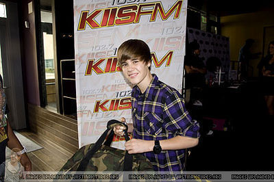 January 29th - KIIS FM Grammy Gift Lounge