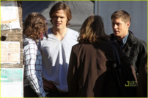 Jensen & Jared on set SPN