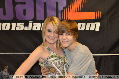 Justin Bieber 2009 > December 4th - 101.5 JamZ All Access